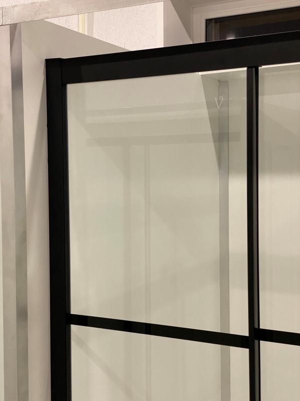 Душевой уголок Veconi Rovigo RV-09 90х90 профиль черный, прозрачное